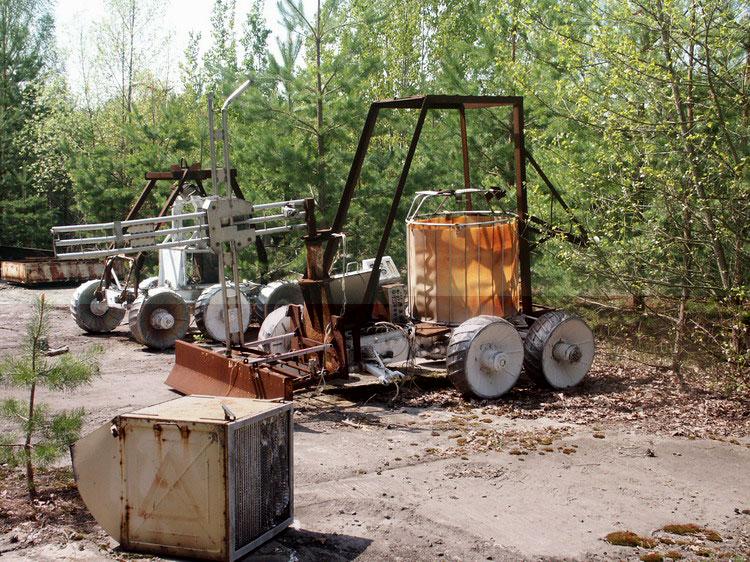 Специализированный транспортный робот на ЧАЭС.